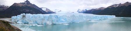 Moreno ペリトモレノ氷河 - パタゴニア-アルゼンチンのビュー