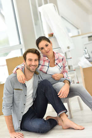 unpack: Young couple moving into new home