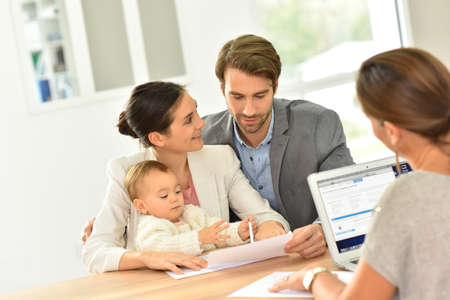 realestate: Family meeting real-estate agent for house investment