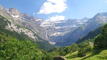 cirque: Cirque de Gavarnie, Pyrenees mountains, France