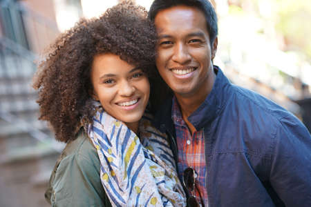 mixed race people: Mixed-race couple enjoying journey in New York Stock Photo