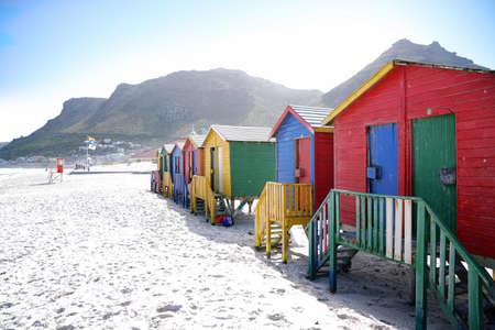 Cabines de plage à Muizenberg, Afrique du Sud Banque d'images - 71227758