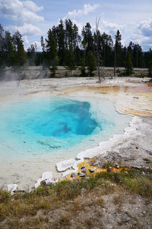 View of geysers from Yellowstone National Park, Montana 版權商用圖片