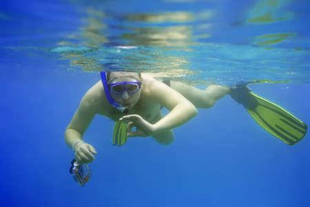 unexpectedness: Snorkeling con c�mara. Fot�grafo.