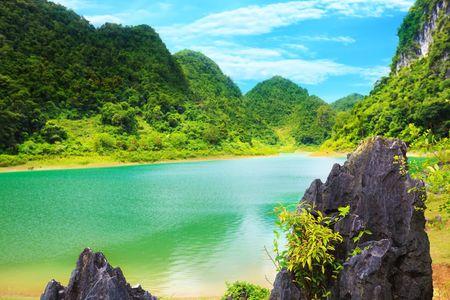 vietnam: Thang Hen lake. Province Cao Bang. Vietnam Stock Photo