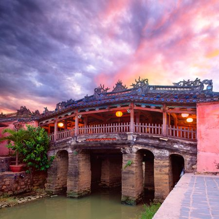 hoi an: Japanese Bridge in Hoi An. Vietnam