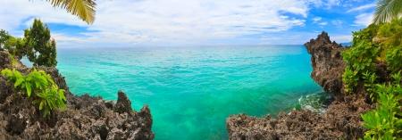 blue lagoon: Panorama della laguna tropicale. Bohol. Filippine