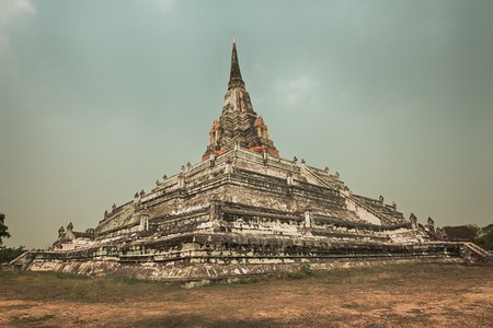 places of interest: Wat Phu khao Thong. Ayutthaya historical park.