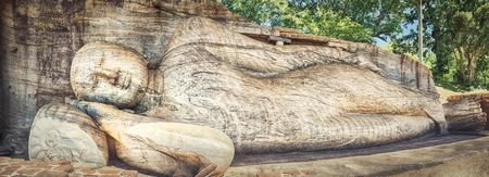 gal: The Gal Vihara in the world heritage city Polonnaruwa, Sri Lanka. Panorama