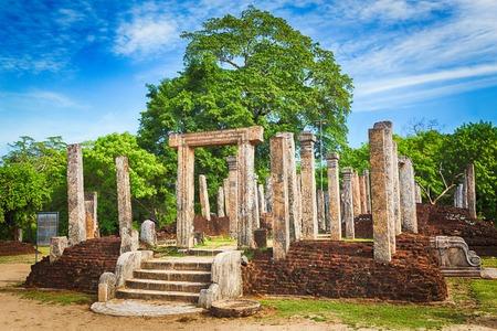 dagoba: The Polonnaruwa Atadage in the world heritage city Polonnaruwa, Sri Lanka.