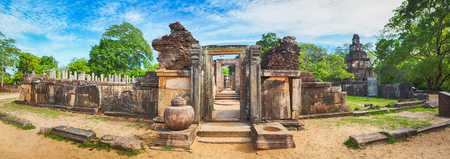 The Polonnaruwa Hetadage the Tooth Relic Temple in the world heritage city Polonnaruwa, Sri Lanka. Panorama Stok Fotoğraf - 48998218