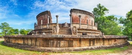 lanka: The Polonnaruwa Vatadage in the world heritage city Polonnaruwa, Sri Lanka. Panorama Stock Photo