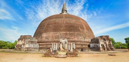 dagoba: Rankoth Vehera in the world heritage city Polonnaruwa, Sri Lanka. Panorama