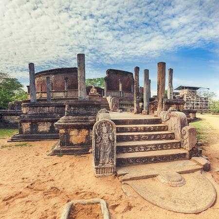 dagoba: The Polonnaruwa Vatadage in the world heritage city Polonnaruwa, Sri Lanka.