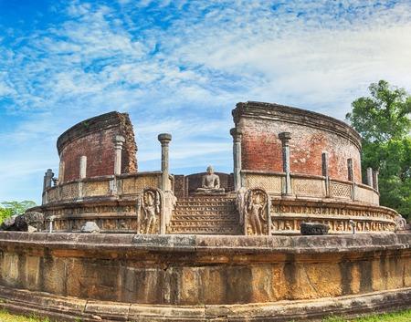 ancient architecture: The Polonnaruwa Vatadage in the world heritage city Polonnaruwa, Sri Lanka.