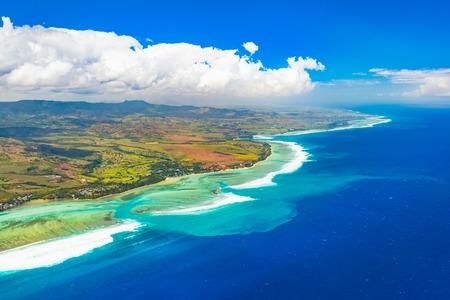 Aerial view of the underwater channel. Amazing Mauritius landscape Zdjęcie Seryjne
