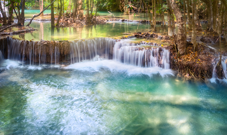 Beautiful waterfall Huai Mae Khamin at Kanchanaburi Province in west Thailand. Panorama 免版税图像