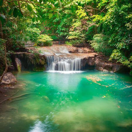 Beautiful waterfall at Erawan national park, Kanchanaburi Province in west Thailand Banque d'images