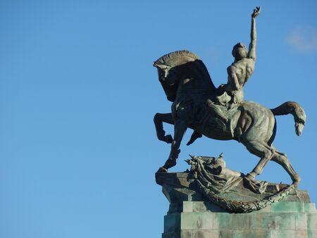 uomo a cavallo: Cavaliere Montato su monumento ai caduti, Wellington Nuova Zelanda Archivio Fotografico