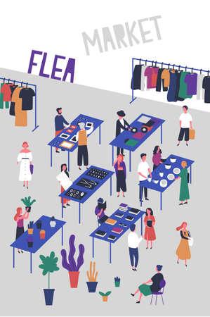Flyer- of postersjabloon voor vlooien- of modemarkt, voddenbeurs met kopers en verkopers van vinylplaten, sieraden, boeken, planten, stijlvolle kleding. Kleurrijke vectorillustratie in platte cartoon stijl. Vector Illustratie