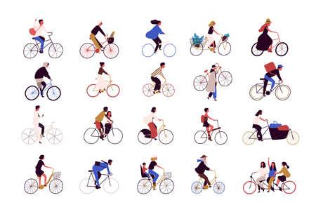 Gruppo di persone minuscole che vanno in bicicletta sulla strada della città durante il festival, la corsa o la parata Collezione di uomini e donne in bicicletta isolati su sfondo bianco. Illustrazione vettoriale colorata in stile cartone animato Vettoriali
