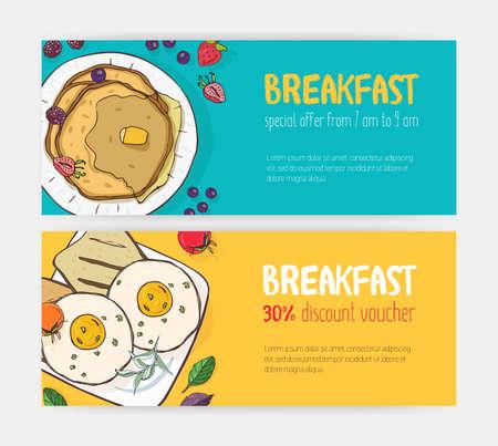 Raccolta di buoni sconto orizzontali o modelli di coupon con deliziosi pasti per la colazione sdraiati sui piatti. Illustrazione vettoriale dai colori vivaci per la promozione di bar o ristoranti, pubblicità Vettoriali