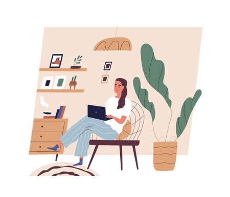 Linda mujer joven sentada en una cómoda silla con ordenador portátil en la acogedora habitación. Muchacha adorable divertida que trabaja en casa. Vida diaria del trabajador autónomo, rutina diaria. Ilustración de vector de dibujos animados plana