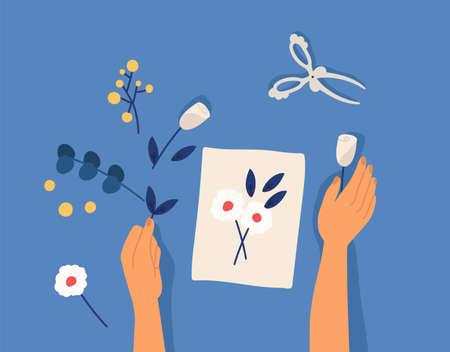 Hände, die dekoratives Kunsthandwerk oder Handarbeit herstellen - Blumenapplikation, Herbarium, Scarpbooking. Kreative Workshop-Lektion oder Tutorial. Freizeit-Hobby-Aktivität. Bunte Vektorillustration der flachen Karikatur