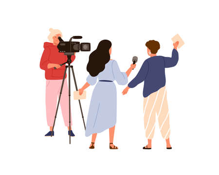 Female cameraman and correspondent making live reportage. Professional journalist recording interview. Media workers with equipment isolated on white. Vector illustration in flat cartoon style. 矢量图像