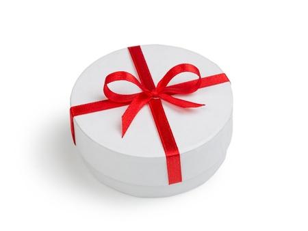 cilinder: tondo bianco confezione regalo cilindro con fiocco rosso isolato
