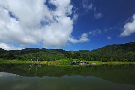 Raft in dam