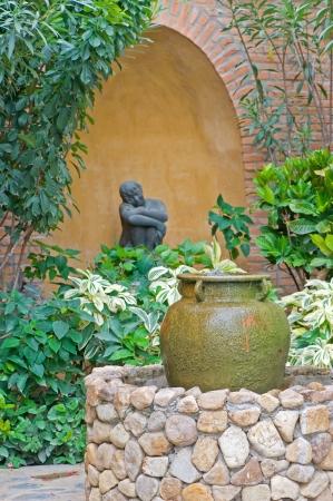 garden landscape: Formal garden with fountain