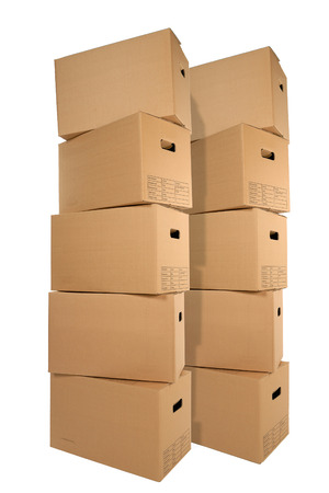 Two stacks of moving boxes isolated on white backround  Banque d'images