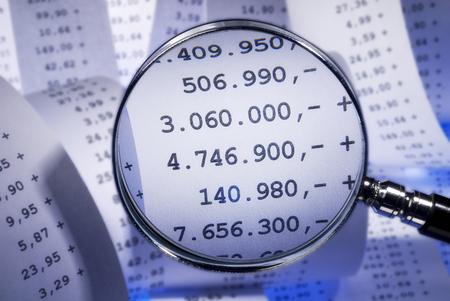 sumas: Lupa y grandes sumas