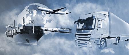 Transporte de mercancías por camión, barco, avión y tren.