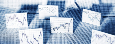 Course tables and charts with stock market prices Banque d'images
