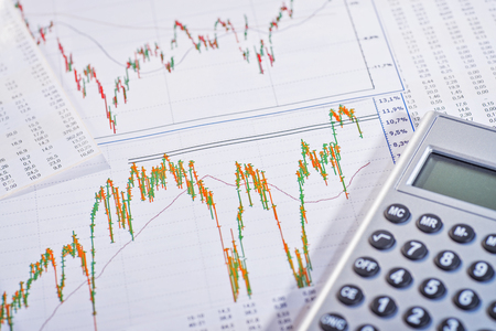 Graphics show highly fluctuating share prices