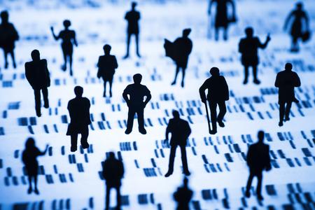 Perfil de ADN y un grupo más amplio de personas Foto de archivo