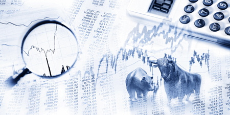 Stock quotes as list and graph, bull and bear, maginifier and calculator Фото со стока