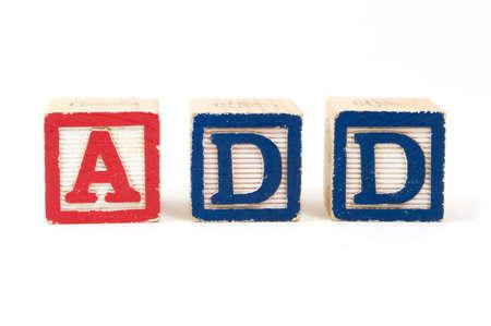 "Kinderen houten blokken "", ADD"", Attention Deficit Disorder op een witte achtergrond"