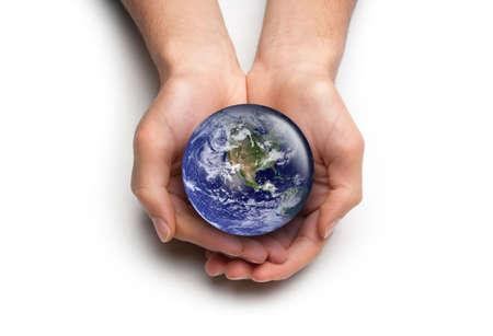 Alto concepto clave para el cuidado del medio ambiente global. Aislados en blanco.