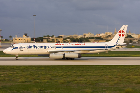 douglas: Luqa, Malta - October 18, 2007: African International Airways McDonnell Douglas DC-8-62H(F) [ZS-OSI] arriving in the late evening.