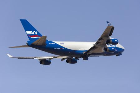 lading: Luqa, Malta - June 16, 2016: Silk Way Airlines Boeing 747-4R7F(SCD) [4K-SW888] on departure to Mali.