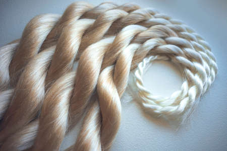 kanekalon artificial material for weaving in African braids, equipment and materials for beauty salons, blond hair, blond hair