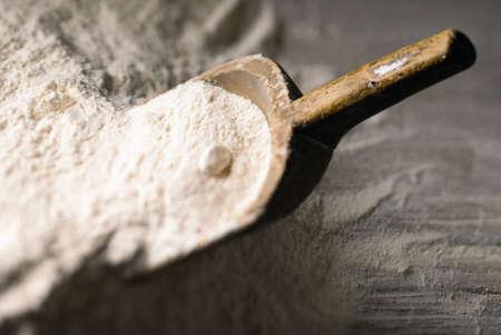 Baking scoop defocus in a heap of flour
