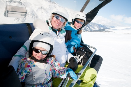 ski lift: Family on ski lift