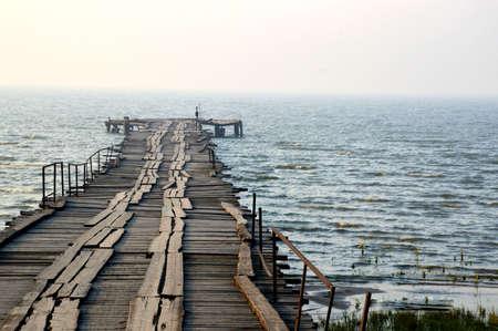 old pier: old pier