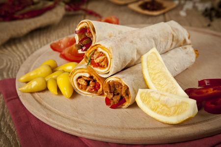 durum: viande de boeuf Tantuni est une sorte de kebap turc dur lavash traditionnelle