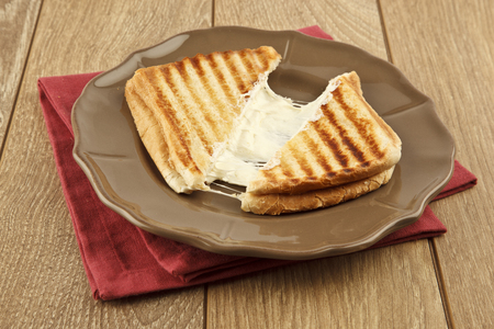 oasted cheddar cheese sandwich turkish toast Imagens