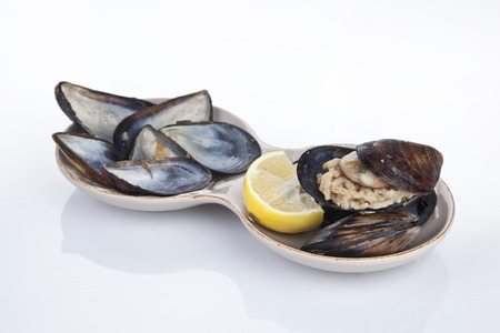 mediterrane k�che: Gef�llte Miesmuscheln, Midye Dolma mediterrane K�che